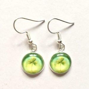 Shamrock earrings by Amélie Gagné Studio