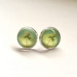 Shamrock stud earrings by Amélie Gagné Studio