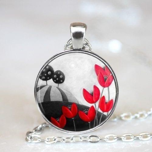 Red bead pendant Amelie Gagne Studio