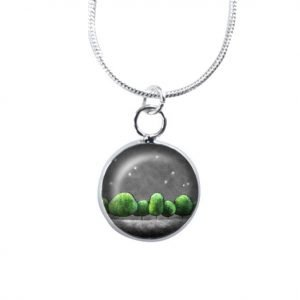 Green and grey necklace